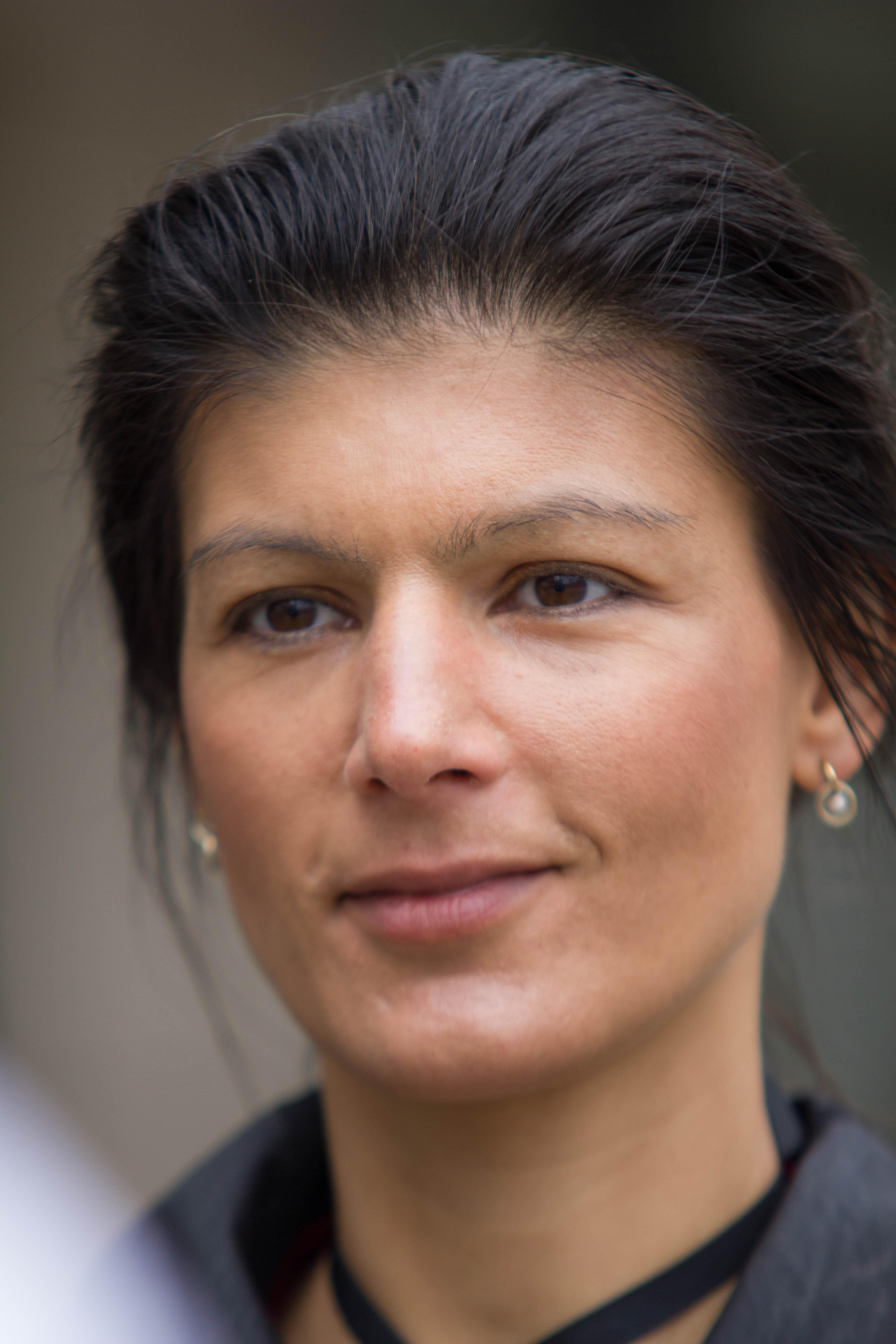 Сара вагенкнехт: германия должна порвать с сша и нато сара вагенкнехт, сопредседатель левой партии бундестага