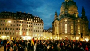 7.9.: Über 10.000 bei Pegida in Dresden; Foto: Däbritz/Pegida Facebook
