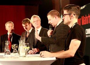 Widerstandsdebatte am 24.10.: Schachtschneider, Poggenburg (AfD), Elsässer, Kubitschek, Sellner (Identitäre) (v.l.n.r.)
